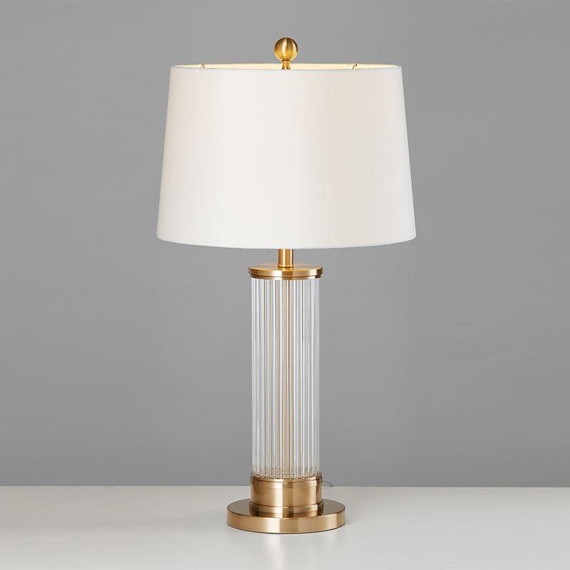 Studio Living Room Tea Table Lamp Hotel Villa Designer Model Room  Post-modern Simple Creative Crystal Bedside Lamp